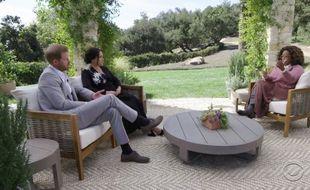 Le prince Harry et son épouse, Meghan Markle, face à l'intervieweuse Oprah Winfrey