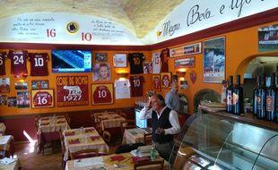 Giulio Lucarelli et Ovidi Conrado sont les deux gérants de Roma 1927, la pizzeria que fréquentait Francesco Totti.