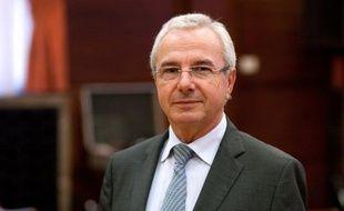 """Jean Leonetti, ministre sortant des Affaires européennes, souhaite la signature d'un nouvel accord d'association entre le Parti radical, dont il est vice-président, et l'UMP, où il a co-fondé un courant centriste, les """"Humanistes""""."""