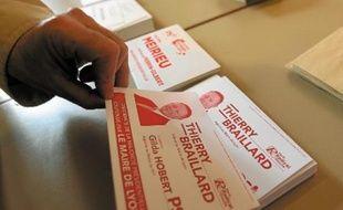 Les électeurs de la 1ère circonscription avaient le choix entre deux candidats portant l'étiquette socialiste.