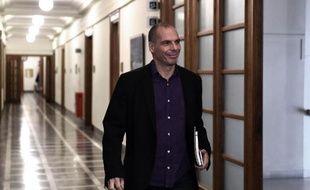 Le ministre grec des Finances Yanis Varoufakis arrive au Parlement à Athènes le 24 février 2015