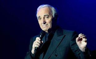 Charles Aznavour lors d'un concert à Tours, en novembre 2011.