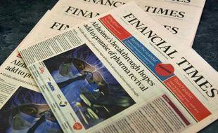 Le groupe Financial Times publie le quotidien du même nom, véritable bible des milieux d'affaires, mais dispose aussi d'un large lectorat abonné à ses offres électroniques