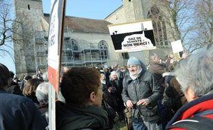 Manifestaion contre l'exploitation du gaz de schiste à Doue, en Seine-et-Marne, le 5 mars 2011.