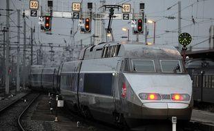 Illustration TGV le 08 12 2008 à Strasbourg