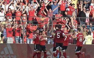Les Albanais fêtent leur but contre la France le 13 juin 2015.