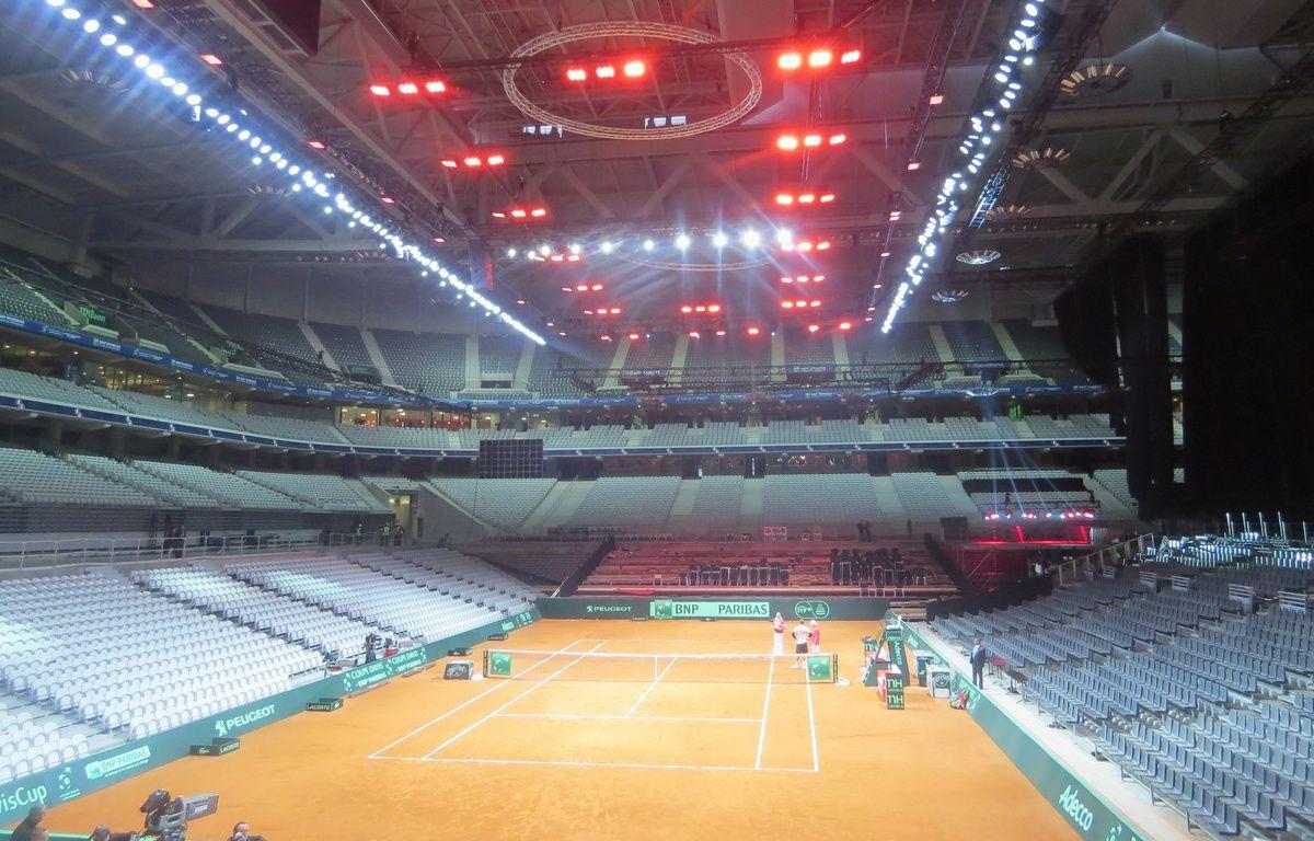 Le chauffage évenementiel, située au dessus du court,  ne concerne que 8000 places sur les 27 000 que compte le stade Pierre-Mauroy – F.Launay/20 Minutes