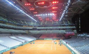 Le chauffage évenementiel, située au dessus du court,  ne concerne que 8000 places sur les 27 000 que compte le stade Pierre-Mauroy