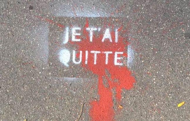 Pochoir dans une rue du 12e arrondissement de Paris.