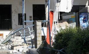 Une explosion dans un centre sportif fait un mort et plusieurs blessés  à Chimay (sud de la Belgique)