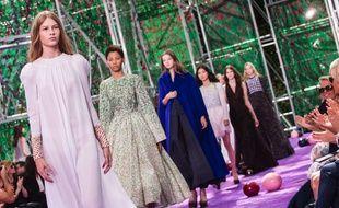Le défilé automne-hiver 2015-2016 Dior.
