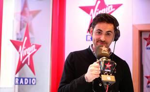 """Camille Combal animera encore le """"Virgin Tonic"""" sur Virgin Radio l'année prochaine."""