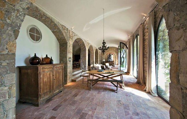 La dernière maison de Picasso adjugée 20196 millions d'euros aux enchères