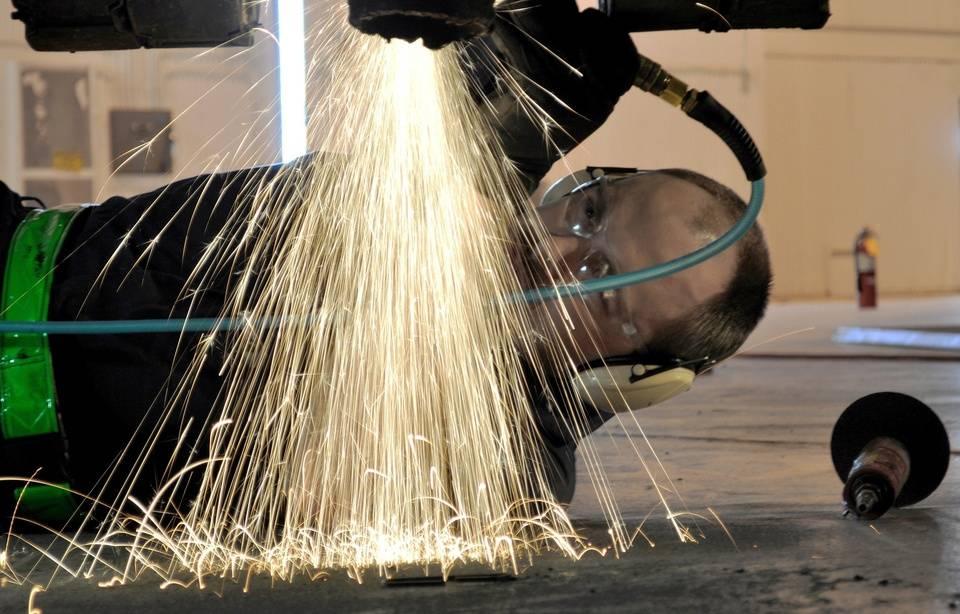 Un garagiste provoquait des accidents pour éviter la faillite 960x614_garagiste-photo-illustration