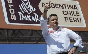 Le patron du Dakar, Etienne Lavigne le 31 décembre 2011 à Mar Del Plata, en Argentine.