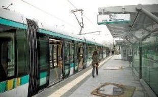 Le tramway desservira 26nouvelles stations et 165000voyageurs sont attendus chaque jour.