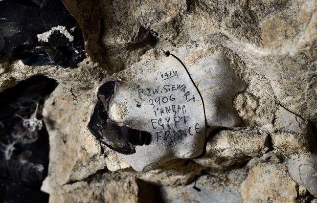 Graffitis de soldat durant la 1e guerre mondiale dans les souterrains de Naours. © Denis Gliksman, Inrap