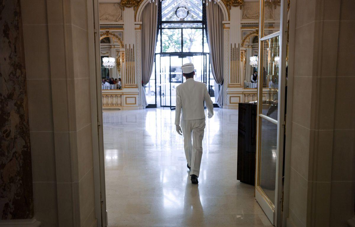 Hotel Peninsulia de Paris le 21 août 2014. – FRED DUFOUR / AFP