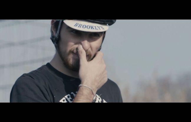 Bike polo ou vélo cargo sont notamment les nouvelles pratiques présentées dans Les Pédaleurs.