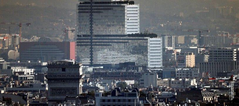 Nuage de pollution autour de la cité judiciaire de Paris, le 15 septembre 2020.
