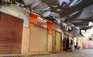 Les magasins fermés du marché de Ghardaïa en Algérie, le 27 janvier 2014