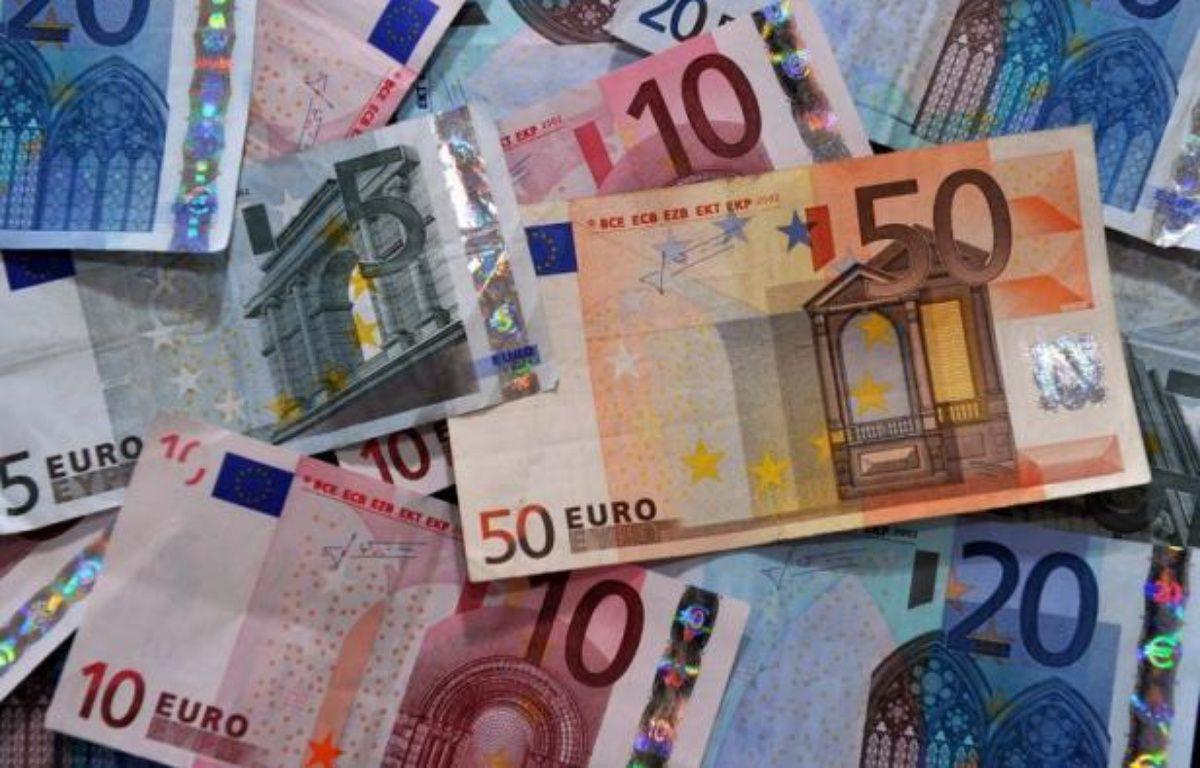 La France devrait connaître un dérapage de son déficit public l'an prochain, à 4,2% contre un objectif de 3% affiché par le nouveau président François Hollande, selon les prévisions de printemps de la Commission européenne publiées vendredi. – Philippe Huguen afp.com