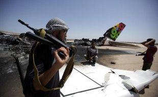 Les Français tentent de se positionner pour participer à la reconstruction du ciel libyen après un conflit qui a endommagé des avions commerciaux et de nombreux outils de navigation aérienne.