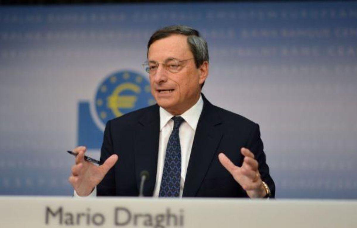 L'annonce par la Banque centrale européenne d'un nouveau plan de rachat d'obligations d'Etat a réjoui les analystes, qui lui décernent un satisfecit vendredi, mais aucun ne considère que la crise de l'euro est terminée pour autant, car plusieurs interrogations demeurent. – Johannes Eisele afp.com