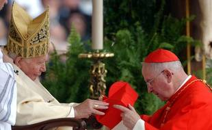 Monseigneur Bernard Panafieu en compagnie de Jean Paul II