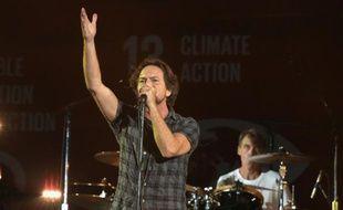 Eddie Vedder de Pearl Jam en concert à Central Park à New York, le 26 septembre 2015