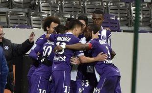 La joie du TFC après le but du 2-0 de Wissam Ben Yedder contre Nice en Ligue 1, le 28 novembre 2015 au Stadium de Toulouse.