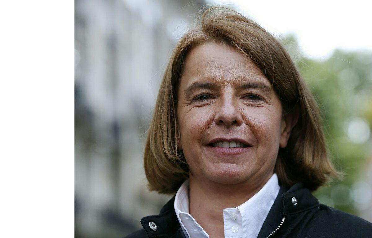 Véronique Avril, candidate REM à Saint-Denis, accusée d'avoir loué un logement insalubre.  – CHARLY TRIBALLEAU / AFP