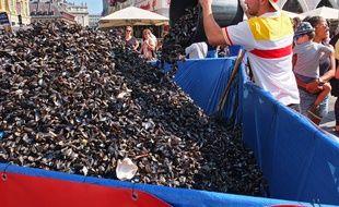 A l'exception de la place Rihour, les tas de moules se faisaient rares lors de la braderie de Lille.