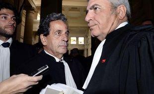 La cour d'appel de Bordeaux a renvoyé au 2 juillet l'audience sur les nullités de procédure dans l'affaire Bettencourt après la révélation de liens supposés étroits entre le juge Jean-Michel Gentil et une experte clé du dossier, ont annoncé des avocats des mis en examen à la presse.
