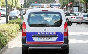 Illustration d'une voiture de police, ici à Rennes.