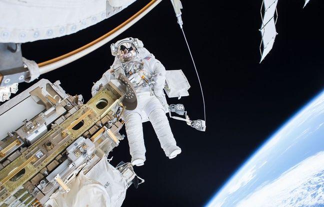 L'astronaute Tim Kopra en sortie orbitale.