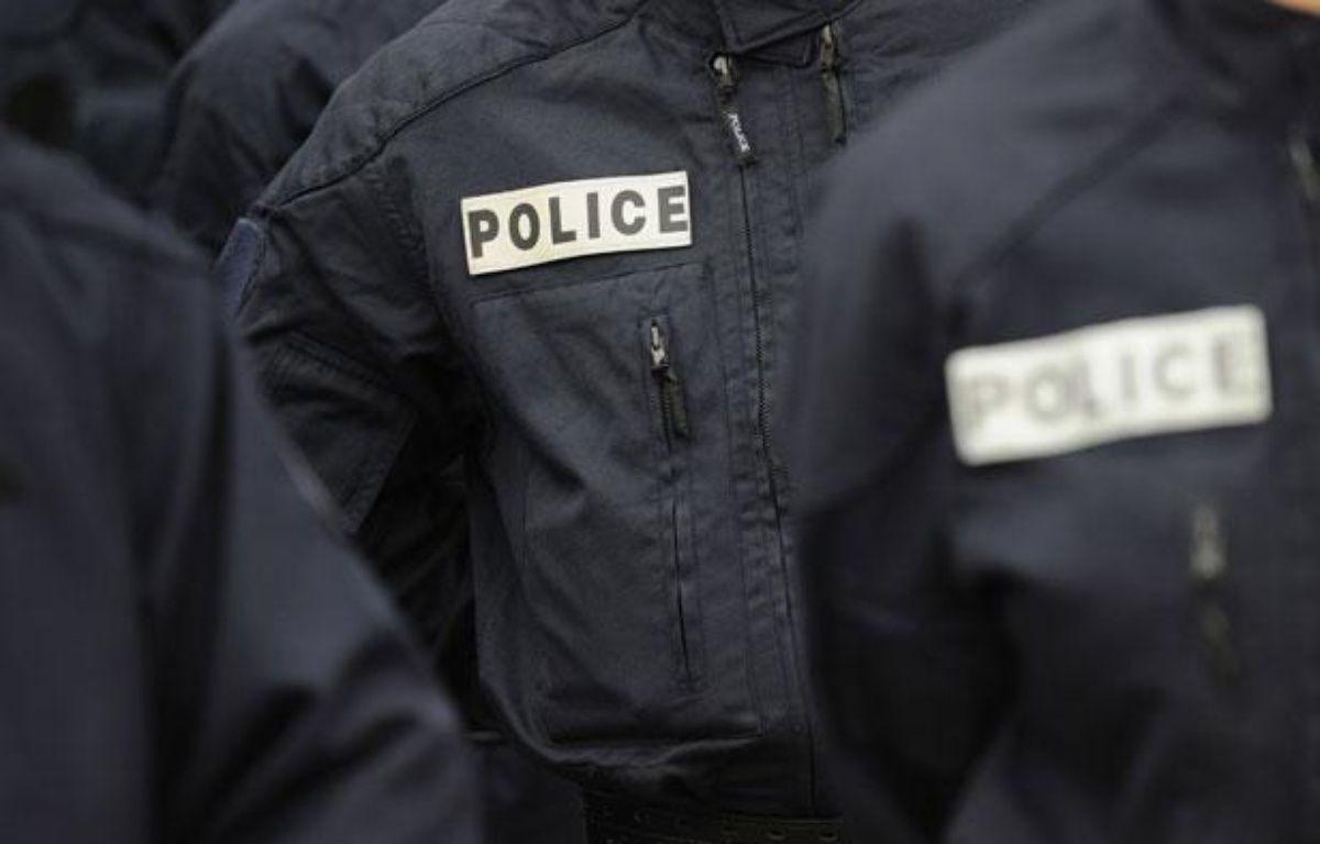 Illustration police: des policiers en uniforme. – WITT/SIPA
