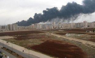 """Un gazoduc a été saboté lundi par un """"groupe terroriste"""" dans la province syrienne de Homs (centre), près de la frontière libanaise, a annoncé l'agence officielle Sana."""