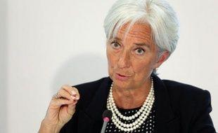 """La directrice générale du Fonds monétaire international, Christine Lagarde, a mis en garde contre le risque de """"contamination"""" en cas de sortie de la Grèce de la zone euro, évoquant un éventuel accroissement de l'aide européenne à ce pays pour éviter ce scénario."""