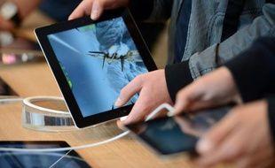 Les ordinateurs, tablettes et autres smartphones sont le principal support des loisirs au quotidien devant la télévision, le livre et la radio, selon un sondage TNS-Sofres