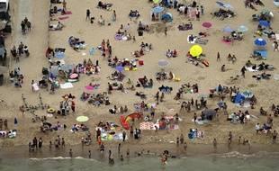 De nombreux Belges se sont rués sur les plages du littoral, le 8 août 2020 à cause de la canicule, comme ici à Ostende.