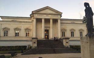 Le palais de justice de Cahors où se tient le procès de Jean-Paul Gouzou pour l'assassinat de sa femme.