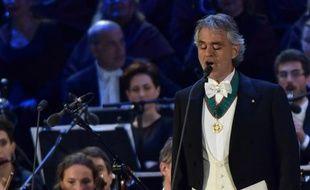 Le ténor Andrea Bocelli lors du concert en plein air pour l'inauguration de l'Exposition universelle le 30 avril 2015 à Milan