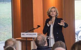 Valérie Pécresse en campagne à Venoy dans l'Yonne, le 12 octobre 2021.