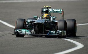 Lewis Hamilton a décroché la pole position du Grand Prix d'Australie.