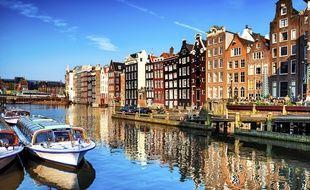 Pubs, bars, restaurants et discothèques : Amsterdam a tout ce dont les jeunes gens peuvent rêver.
