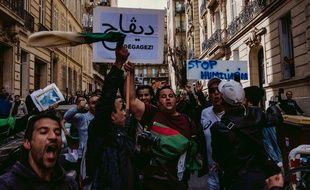 Dans les rues de Marseille, lors de la dernière manifestation contre une cinquième candidature d'Abdelaziz Bouteflika.