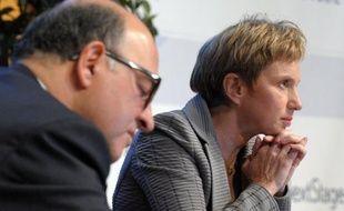 """La délicate négociation pour réformer le marché du travail est entrée dans le vif jeudi, sur la base d'un texte patronal jugé """"incompréhensible"""" et """"déséquilibré"""" par les syndicats, qui estiment être """"loin"""" du """"compromis historique"""" voulu par François Hollande d'ici à la fin d'année."""
