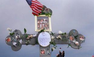 Le massacre d'Aurora a ravivé l'éternel débat sur la réglementation du contrôle des armes aux Etats-Unis -- un débat qui a encore redoublé après la fusillade en décembre dans une école élémentaire de Newtown (Connecticut, nord-est), où 20 enfants avaient trouvé la mort.