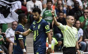 Le tournant de la rencontre ASSE-LOSC a eu lieu à la 43e minute, avec l'expulsion de Franck Béria pour une faute de main.